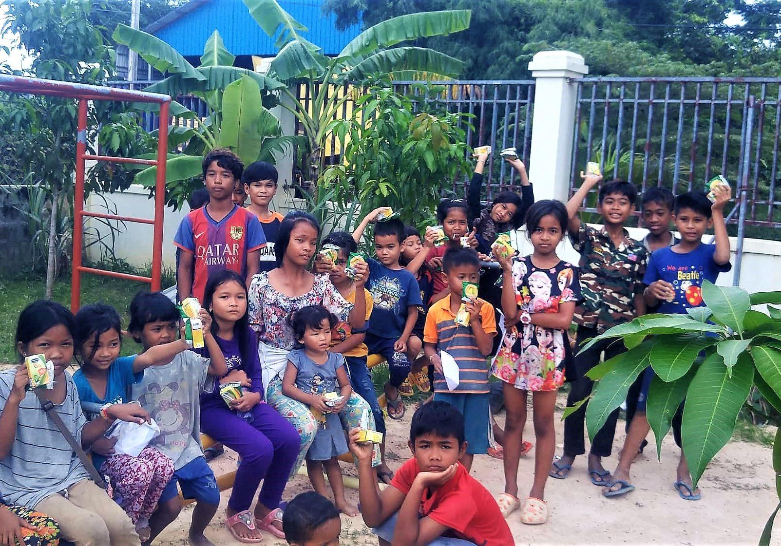 2019, 10 Cambodia children, edited