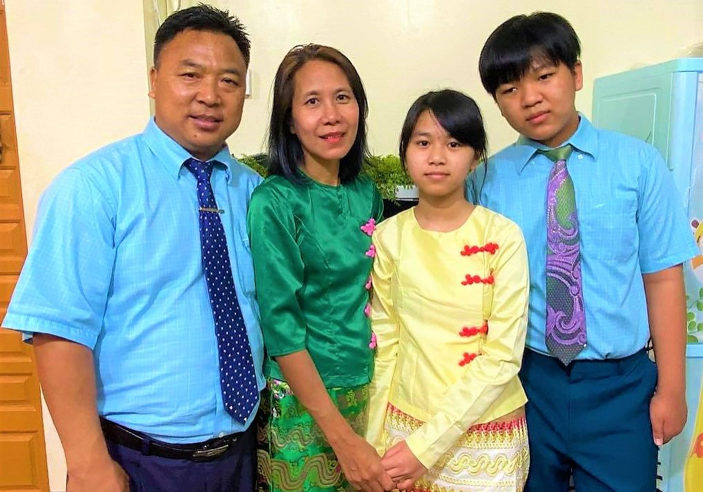 Kima family, edited and cropped
